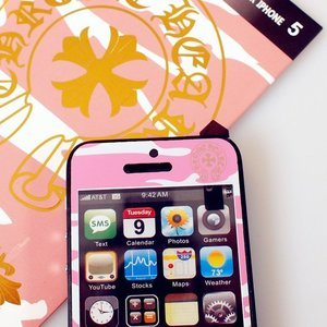 Наклейка для Apple iPhone 5/5S - A+ Skin Chrome Hearts розовая