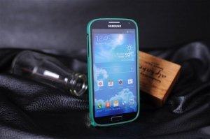 Чехол-бампер для Samsung Galaxy S4 - Cross Metalзеленый