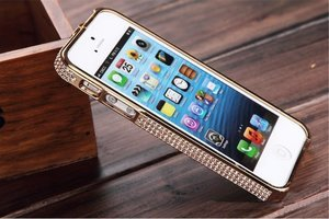 Чехол-бампер для Apple iPhone 5/5S - NewSH Swarovski design Diamond Aluminum золотистый
