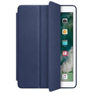 Чехол-книжка синий для iPad 2017/2018
