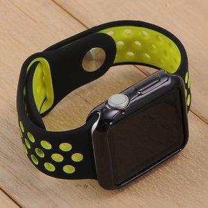 Силиконовый чехол Coteetci чёрный для Apple Watch 3/2 38мм