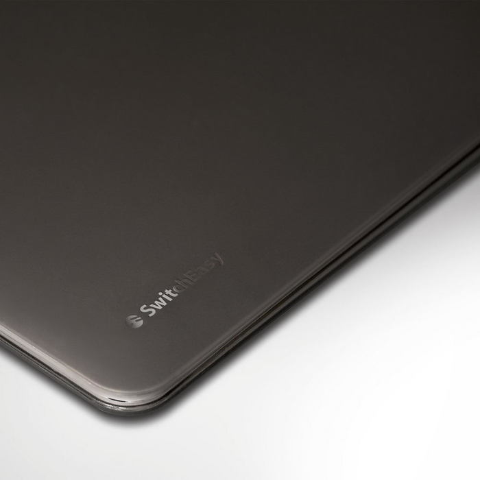 """Полупрозрачный чехол SwitchEasy Nude черный для Macbook 12"""""""