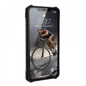 Противоударный чехол UAG Monarch Carbon Fiber чёрный для iPhone XS Max