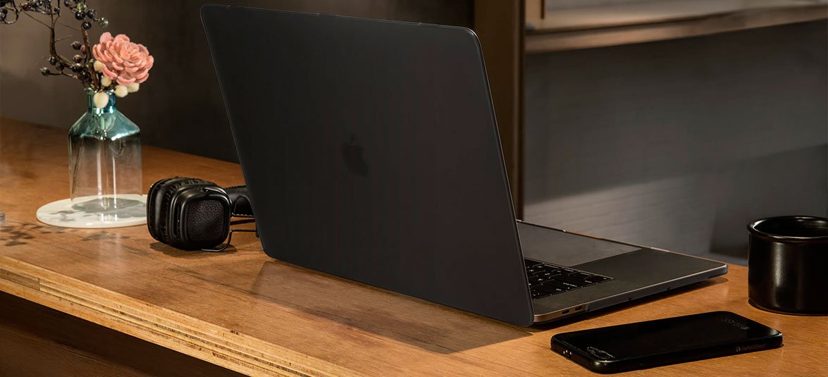 Защитный скин для клавиатуры в комплекте с чехлом SwithcEasy Nude